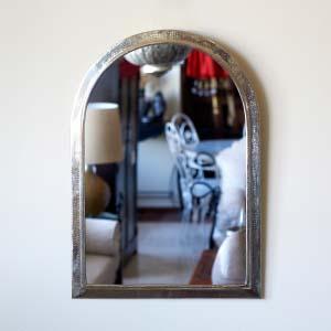 Mirror DE.ES.01