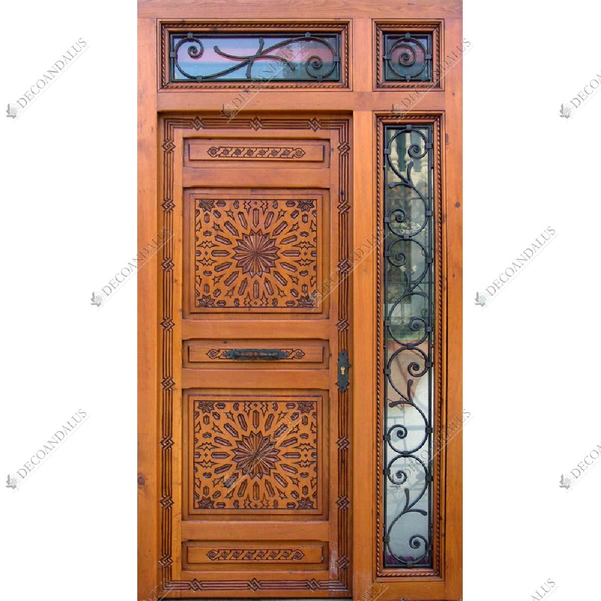 Puerta tallada a mano en madera de cedro medidas for Puertas de madera maciza exterior precios