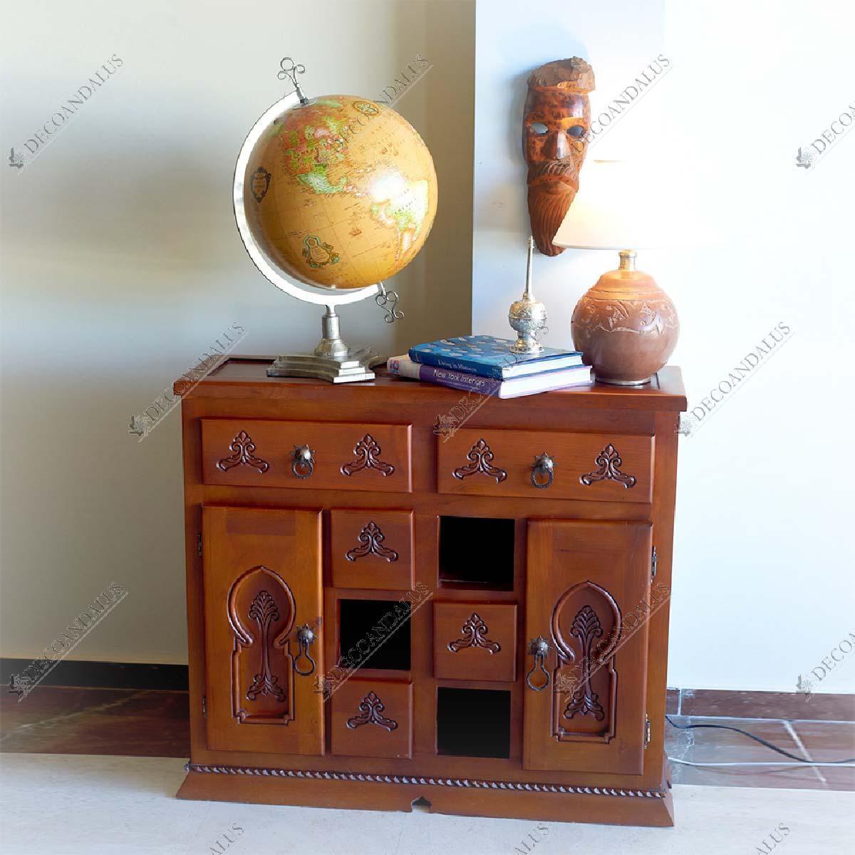Aparador madera tallada a mano for Muebles estilo arabe