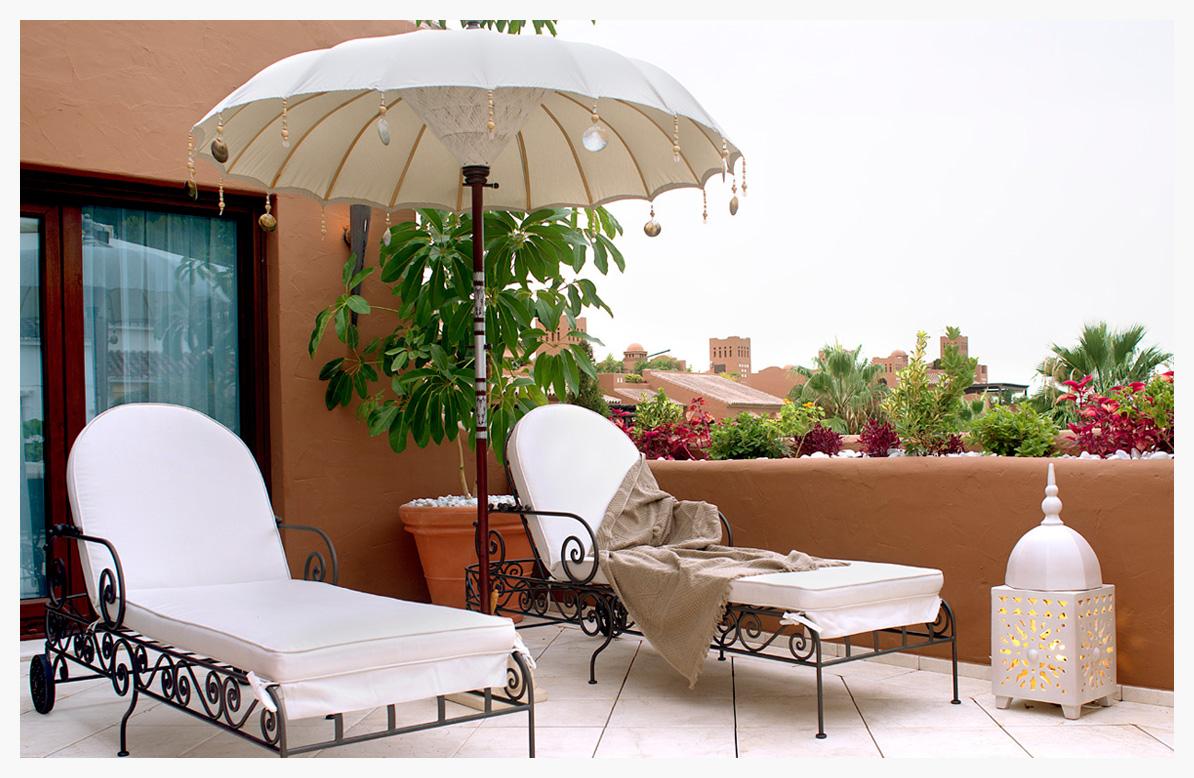 2-tumbona-forja-exterior-decoracion-arabe-sotogrande