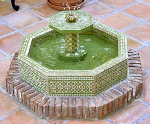 fuente de mosaico