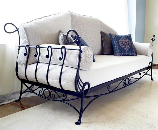 Wrought iron furniture decoandalus - Used wrought iron furniture ...